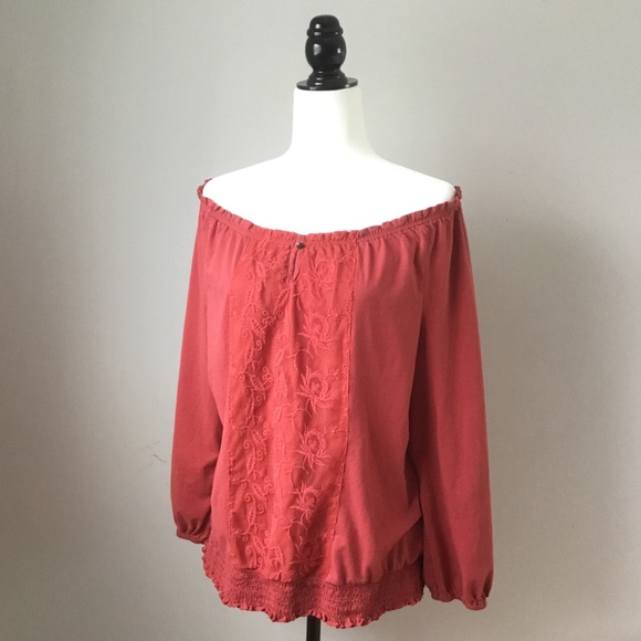 Gorgeous off the shoulder peasant style top